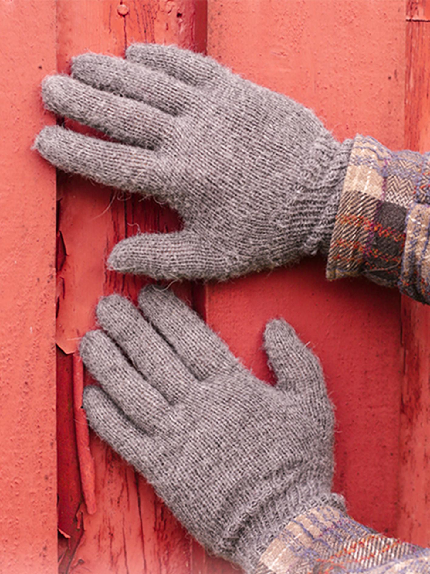 claire-dedo-menos-mittens-crochet-free-pattern